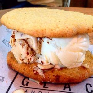 sanduches de helado en medellin