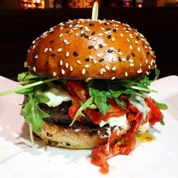Burger gordom ramsey las vegas
